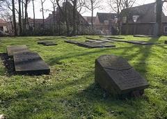 De Joodse begraafplaats in Naaldwijk